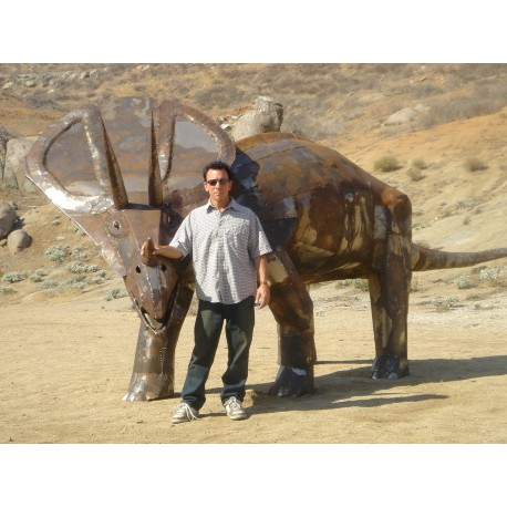 Dinosaur sculpture at Jarupa cultural center