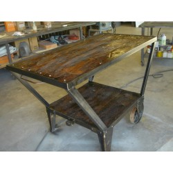 Distress custom table for store display