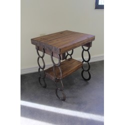 Horse shoe table display